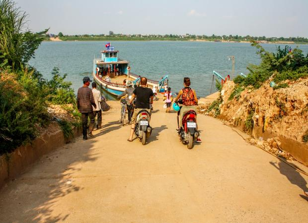 Koh Dach – Mekong Island by Air-con vehicle Half Day